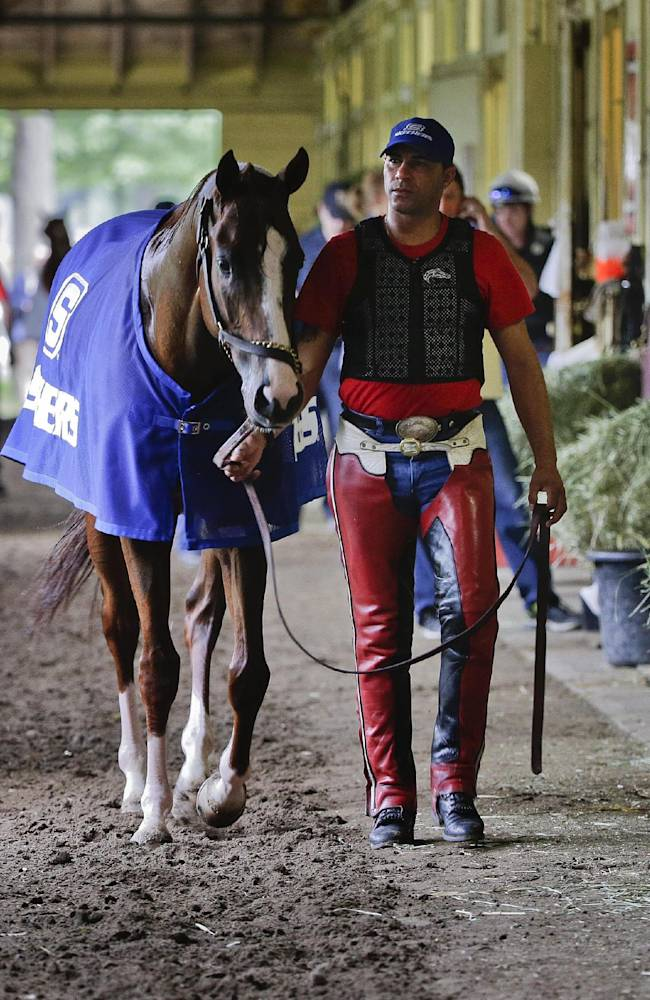 California Chrome favored in last Triple Crown leg