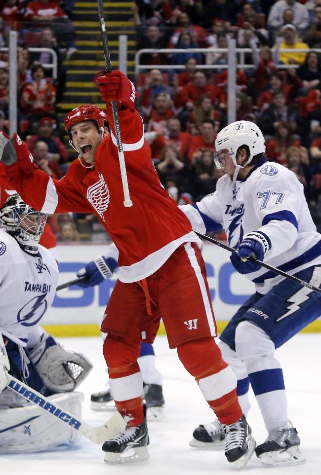 Legwand, Red Wings top Lightning 3-2