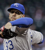 Kansas City Royals' James Shields delivers a pitch against the Houston Astros in the first inning of a baseball game on Thursday, April 17, 2014, in Houston. (AP Photo/Pat Sullivan)