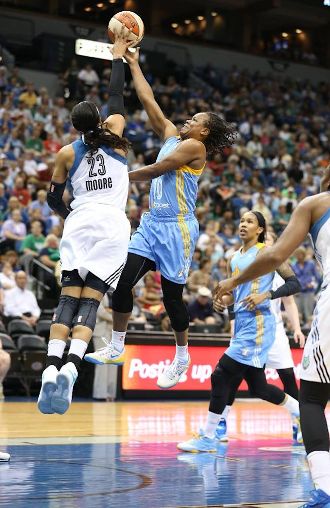 Lynx beat Sky 74-64 for 11th straight victory
