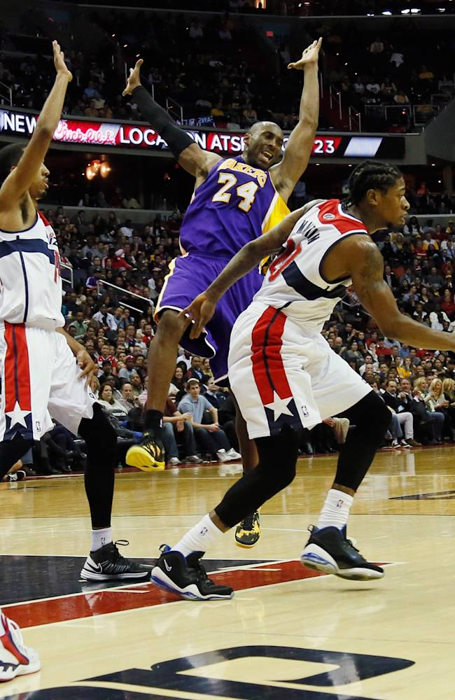 Los Angeles Lakers v Washington Wizards