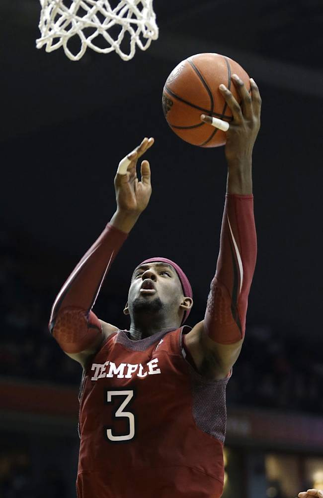 Temple forward Anthony Lee shoots against Cincinnati in the second half of an NCAA college basketball game, Tuesday, Jan. 14, 2014, in Cincinnati