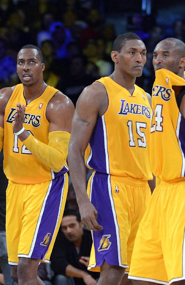 Kobe's health colors Lakers' transitional season