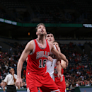 Gasol, Butler lead Bulls over Bucks, 91-85 The Associated Press