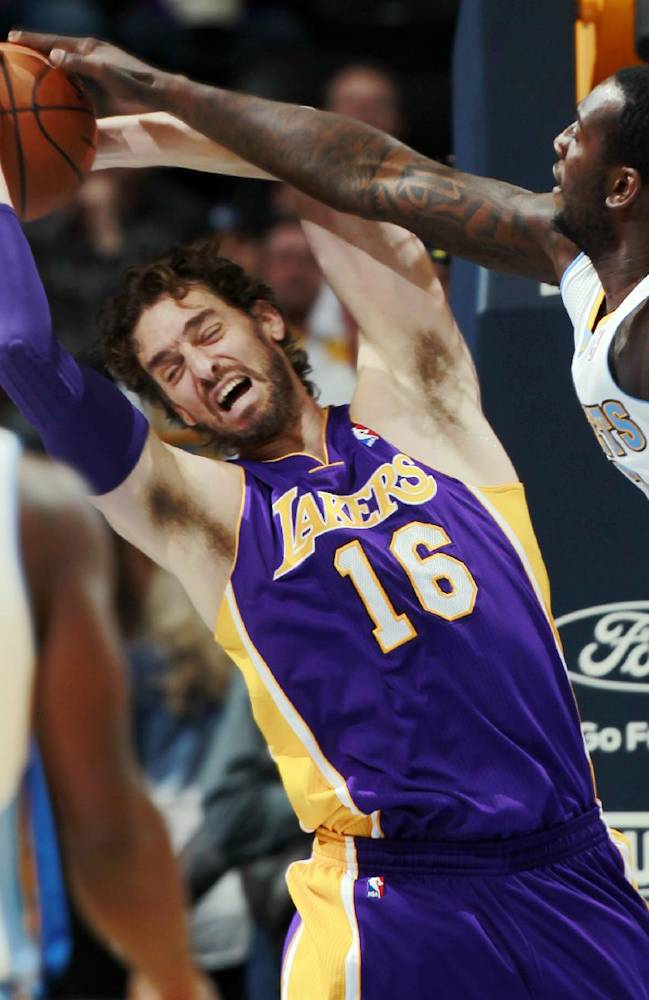 Mozgov scores 23 in Nuggets' win over Lakers