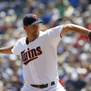 Pelfrey tosses 8 strong innings, Twins blank Brewers 2-0 The Associated Press
