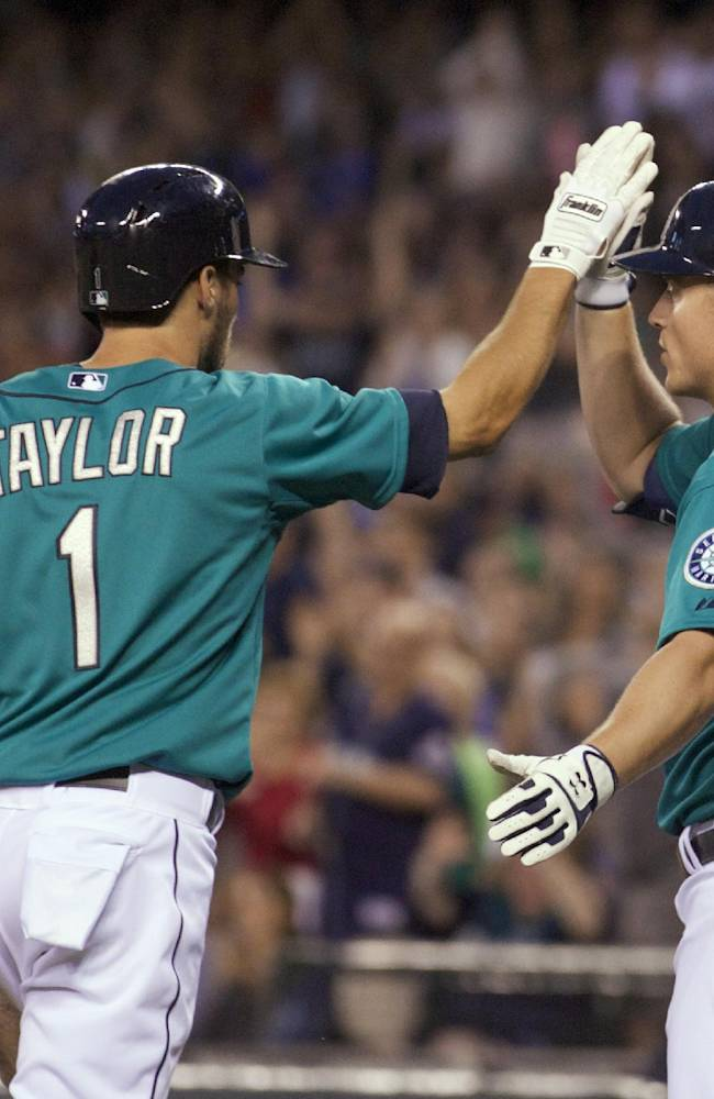 Zunino leads Mariners to 4-1 win over White Sox