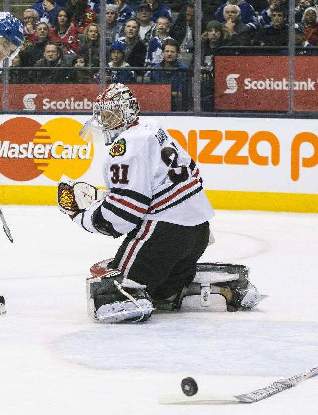 Maple Leafs cruise past Blackhawks 7-3