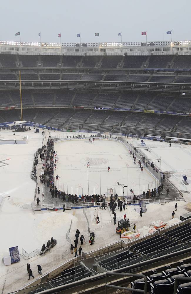 2014 NHL Stadium Series - New York - Practice Sessions And Family Skate