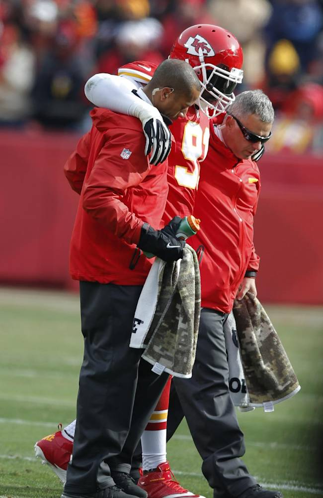 Chiefs' Hali to play vs Denver; Houston out