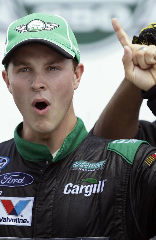 NASCAR's Bayne says he has multiple sclerosis