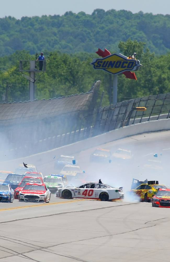 NASCAR briefly halts race after 15-car accident at Talladega