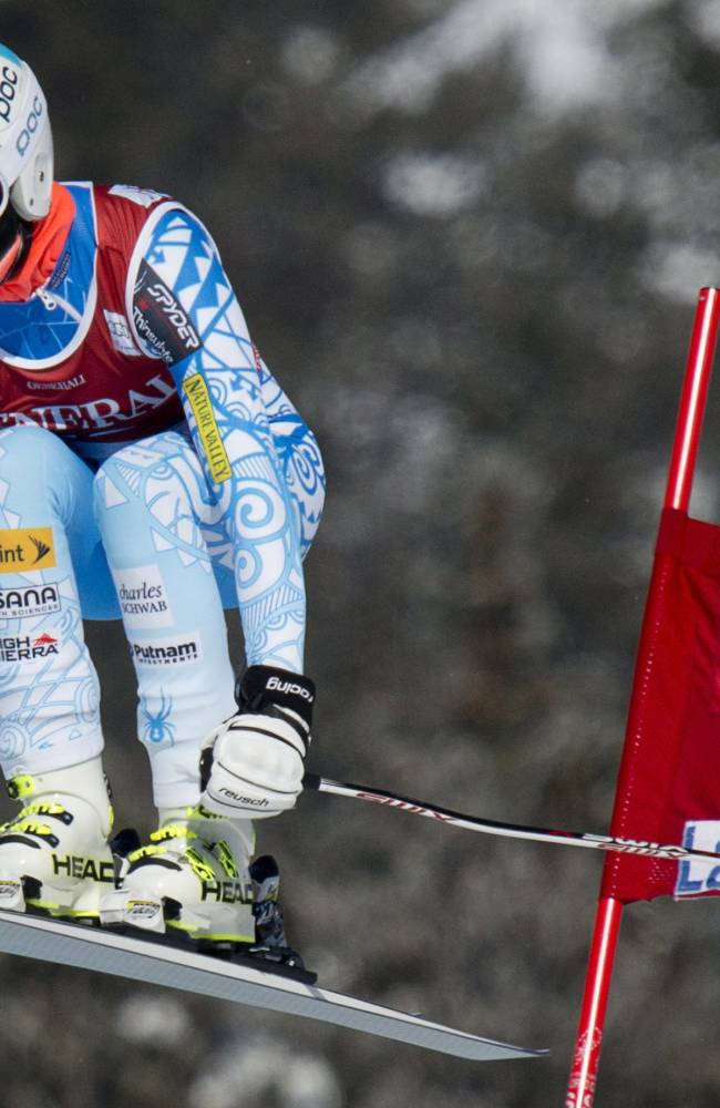 Vonn returns to racing 10 months after surgery