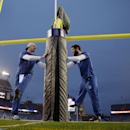 Indianapolis Colts quarterback Andrew Luck, right, warms up with backup quarterback Matt Hasselbeck before the NFL football AFC Championship game between the Colts and New England Patriots Sunday, Jan. 18, 2015, in Foxborough, Mass The Associated Press