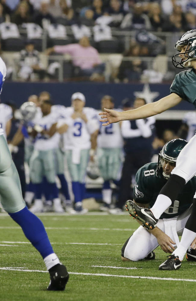 Philadelphia Eagles kicker Alex Henery (6) scores a field goal against the Dallas Cowboys during the first half of an NFL football game, Sunday, Dec. 29, 2013, in Arlington, Texas