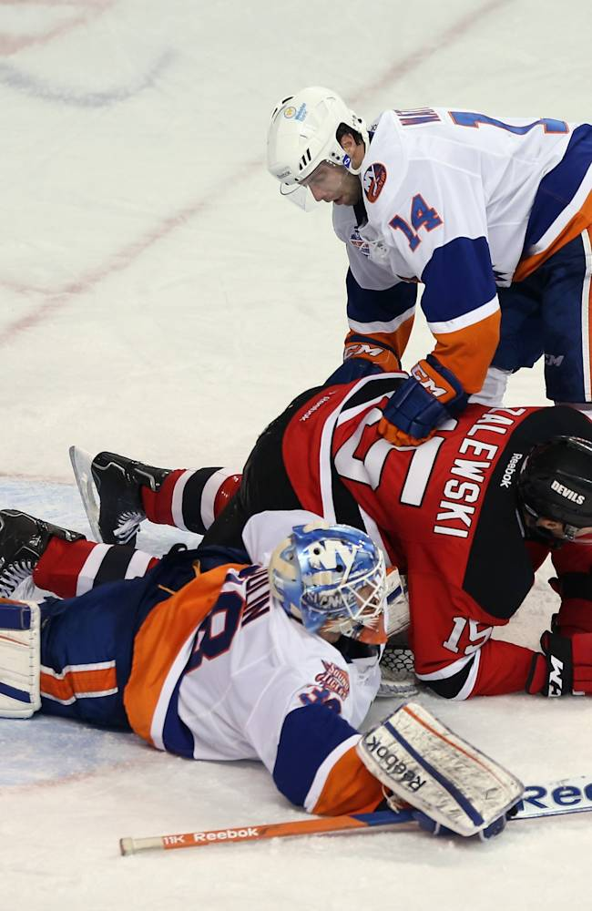 Albany Devils v Bridgeport Sound Tigers