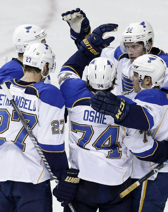 Steen's 2 goals lead Blues over Predators 6-1