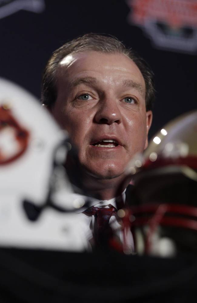 Jimbo Fisher complimentary of Texas' Strong hire