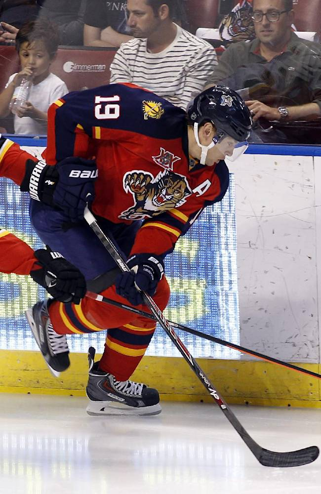 Cammalleri lifts Flames past Panthers