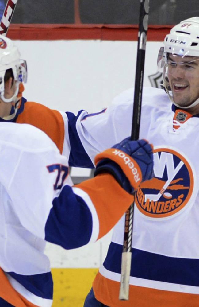 Islanders beat Senators 4-1 to sweep SS series