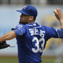 Shields sharp as Royals top A's 4-2 The Associated Press