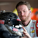 Frustrated Earnhardt searching in Contender Round