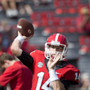 Georgia quarterback Hutson Mason warms up for an NCAA college football game against Troy Saturday, Sept. 20, 2014, in Athens, Ga The Associated Press
