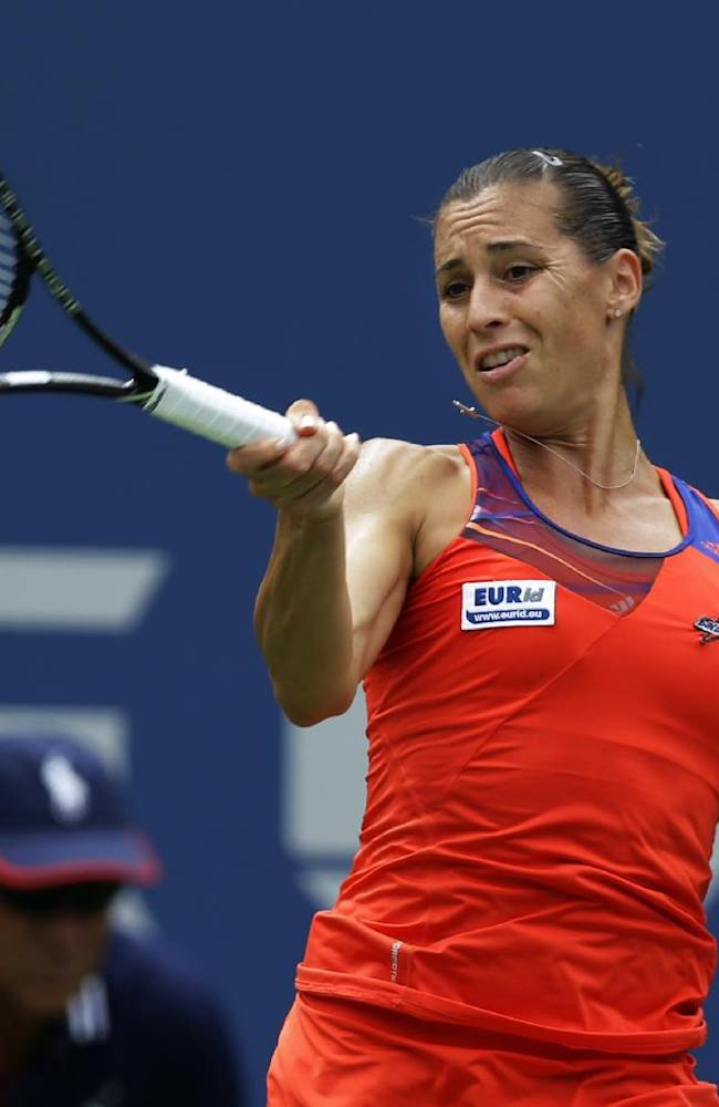 Teary Errani gone from US Open; Williams moves on