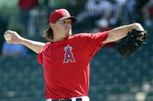 Weaver strikes out 5, Angels top Italy 12-6
