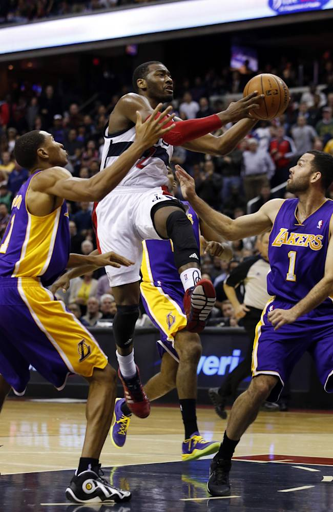 Wall stays hot, Wizards beat Lakers 116-111