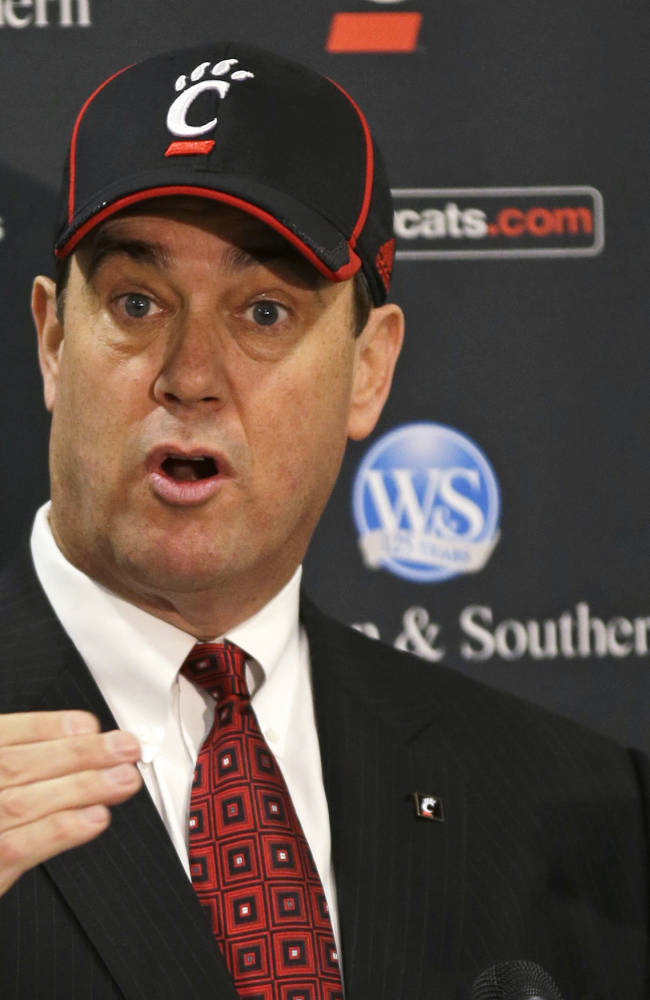 Cincinnati hires former Colorado AD Mike Bohn