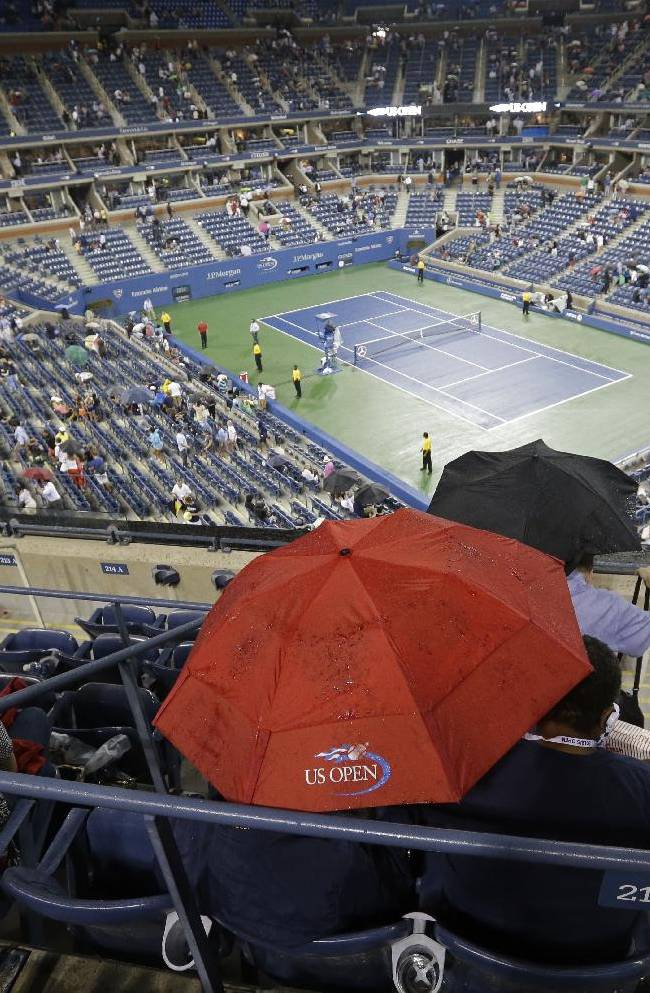 During rough year, Federer starts well at US Open