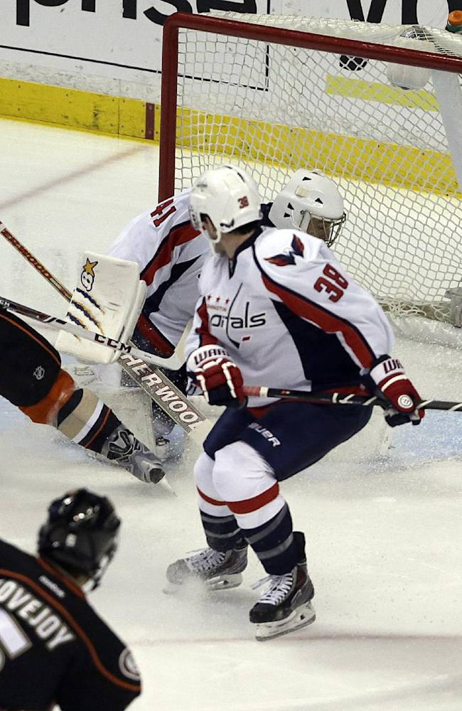 Ovi's go-ahead goal puts Capitals past Ducks 3-2