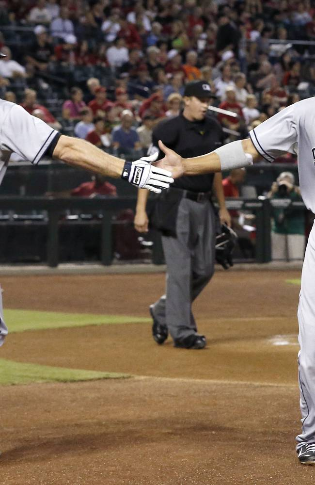Padres pull away for 5-1 win over Arizona