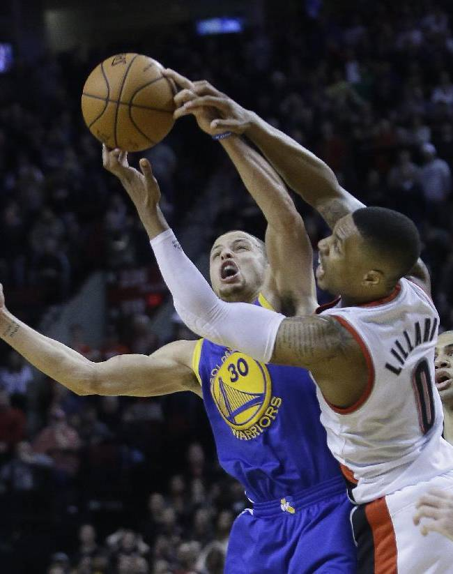 Curry, Thompson lift Warriors past Trail Blazers
