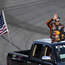 Tony Stewart's return to race track ends early (Yahoo Sports)