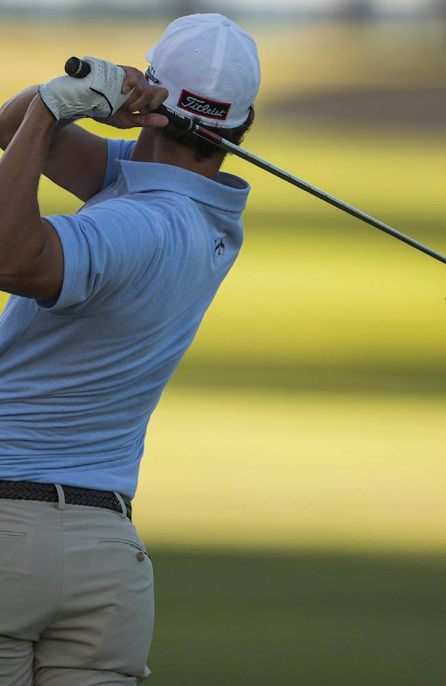 Bae grabs early lead at Sony Open
