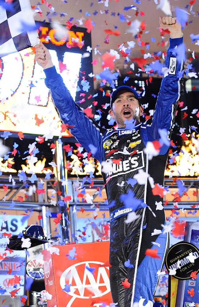 Johnson takes Cup lead with dominating Texas win