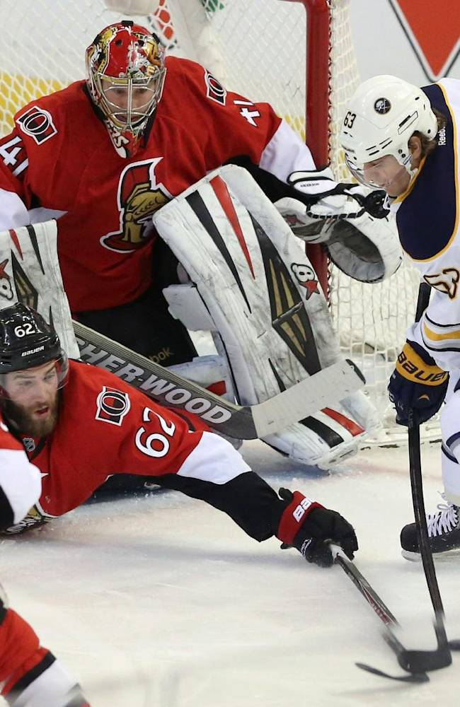 Michalek leads Senators past Sabres 3-2