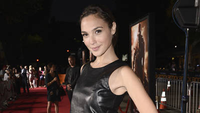 ShowBiz Minute: Walker, Universal, Gadot