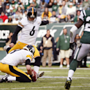 Pittsburgh Steelers kicker Shaun Suisham (6) boots a field goal during the first half of an NFL football game against the New York Jets, Sunday, Nov. 9, 2014, in East Rutherford, N.J The Associated Press