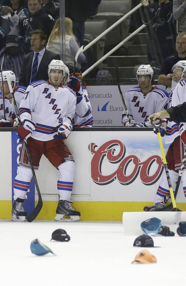 Sharks rout Rangers 9-2