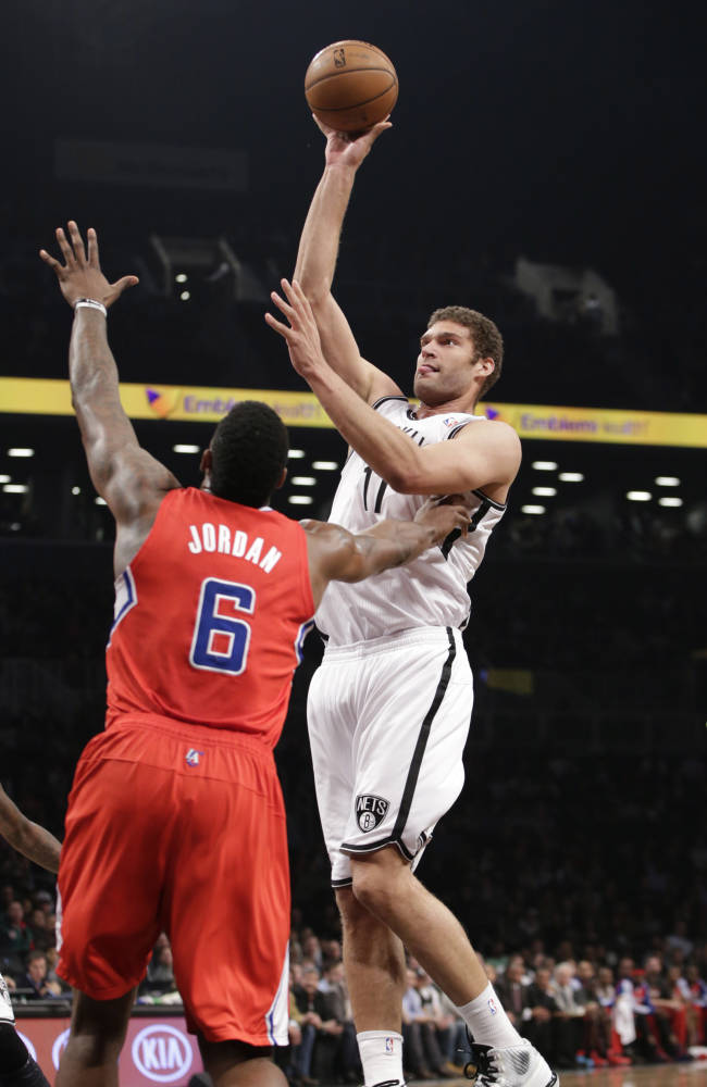 Lopez out again for Nets with sprained left ankle