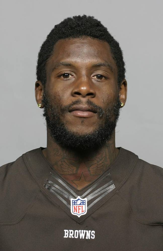 This is a 2013 file photo showing Davone Bess. The Browns have released troubled wide receiver Davone Bess.  The expected move comes after a pattern of disturbing behavior during the offseason by Bess, who spent just one season with Cleveland after being acquired in a trade last April. Bess was arrested for assaulting a police officer at an airport in Florida and he also posted photos of himself on social media with what appeared to be marijuana