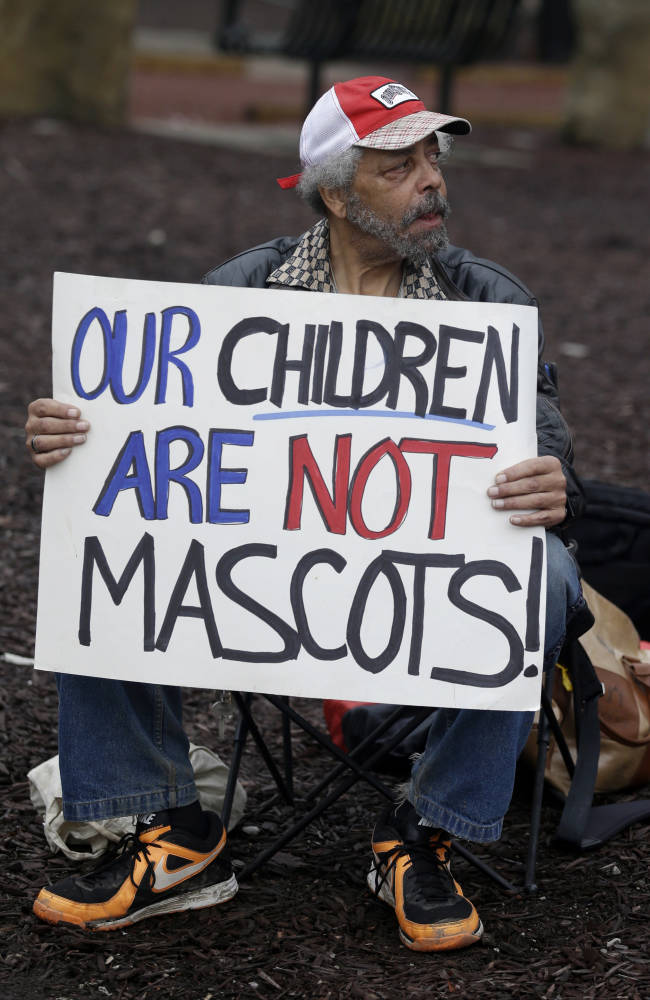 Native Americans, others protest Indians' logo