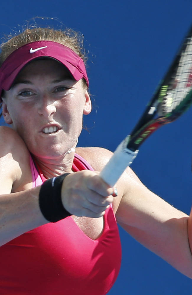 After cancer scare, Brengle into Aussie Open 3rd round