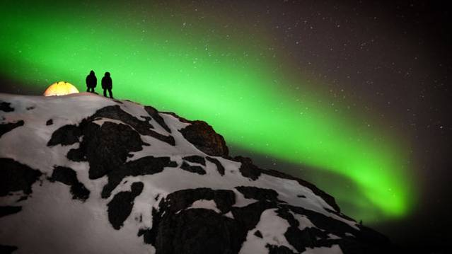 Man braves subzero temperatures to take stunning Arctic photos