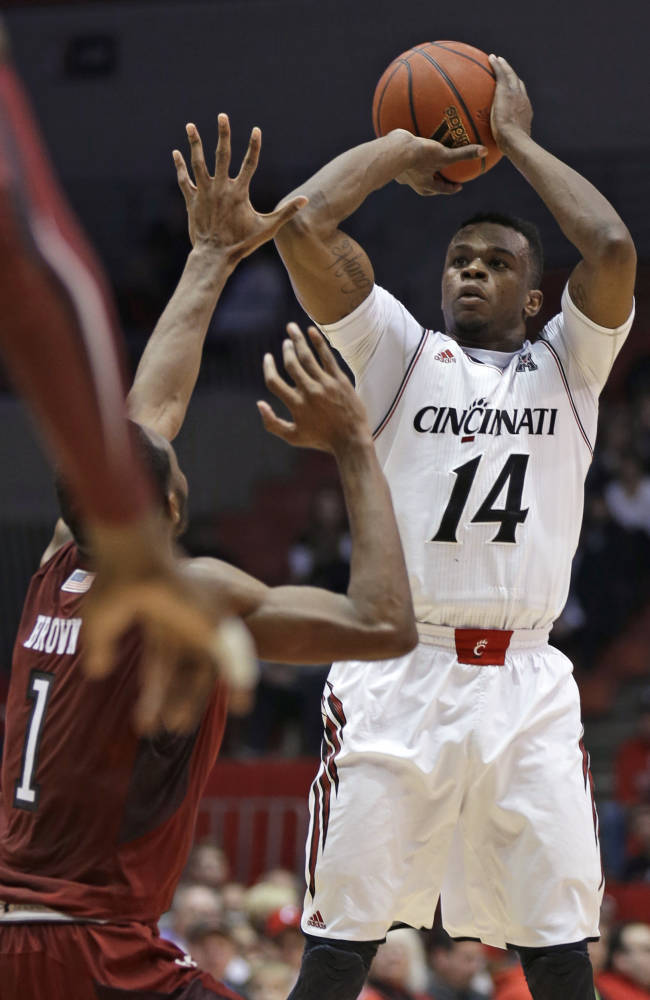 No. 19 Cincinnati rallies to 69-58 win over Temple