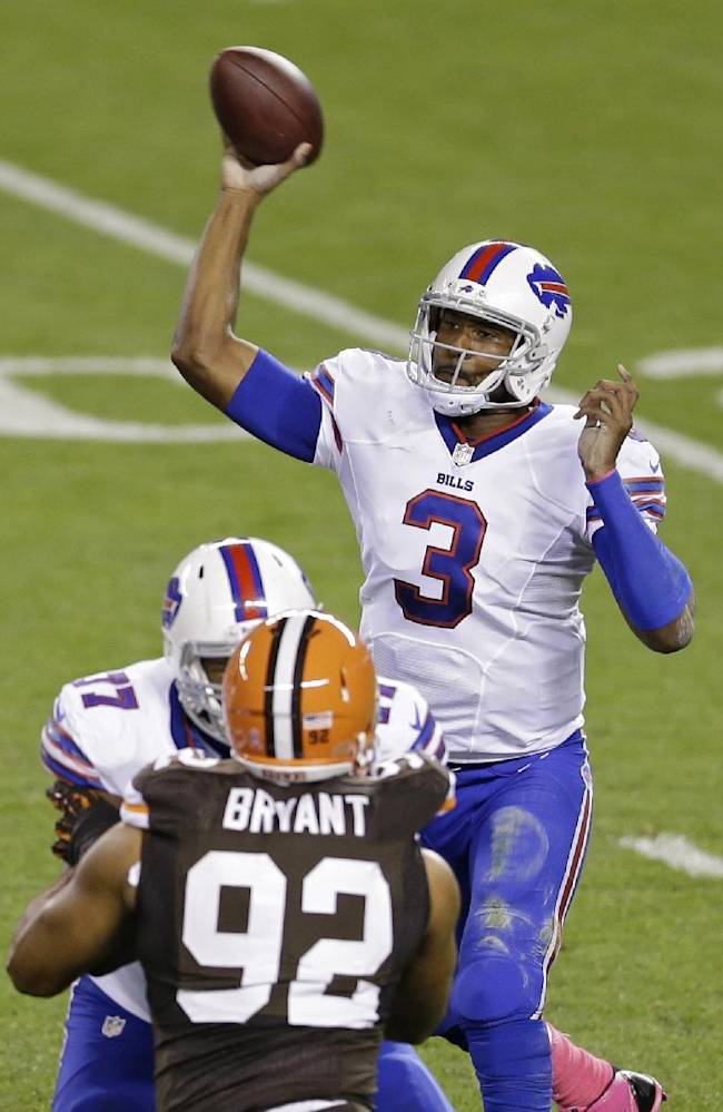Buffalo Bills quarterback EJ Manuel (3) passes against the Cleveland Browns in the second quarter of an NFL football game Thursday, Oct. 3, 2013, in Cleveland