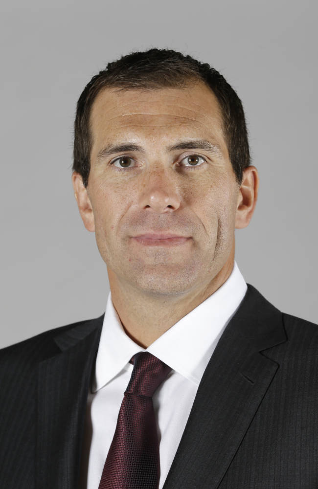 Cleveland Cavaliers fire GM Chris Grant